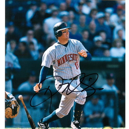 Doug Mientkiewicz Autographed Minnesota Twins (Grey Jersey) 8x10 Photo