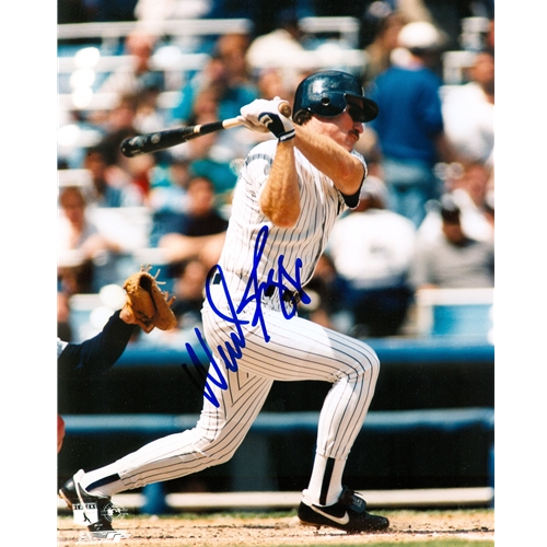 Wade Boggs Autographed New York Yankees 8×10 Photo