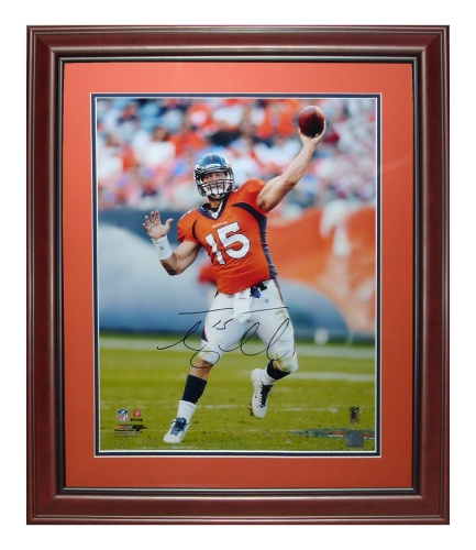 Tim Tebow Autographed Denver Broncos (Orange Jersey) Deluxe Framed 16×20 Photo – Tebow Holo
