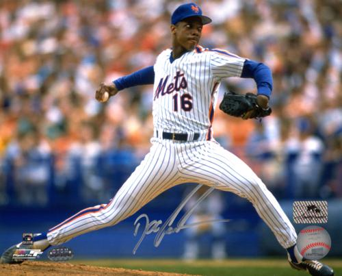 Dwight Gooden Autographed New York Mets 8x10 Photo