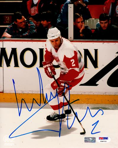Viacheslav Fetisov Autographed Detroit Red Wings 8x10 Photo - PSADNA