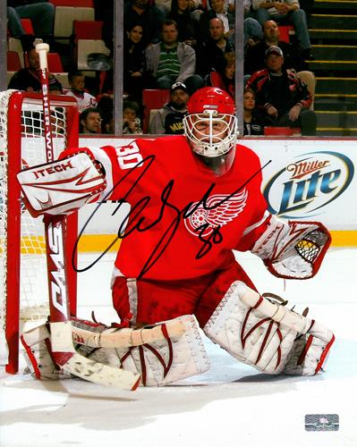 Chris Osgood Autographed Detroit Red Wings 8x10 Photo